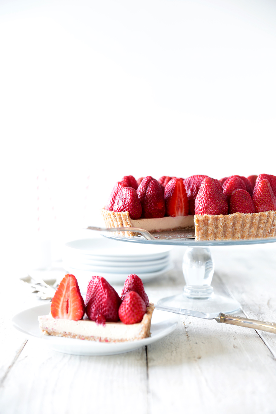 Raw Strawberry Tarts Recipe — Dishmaps