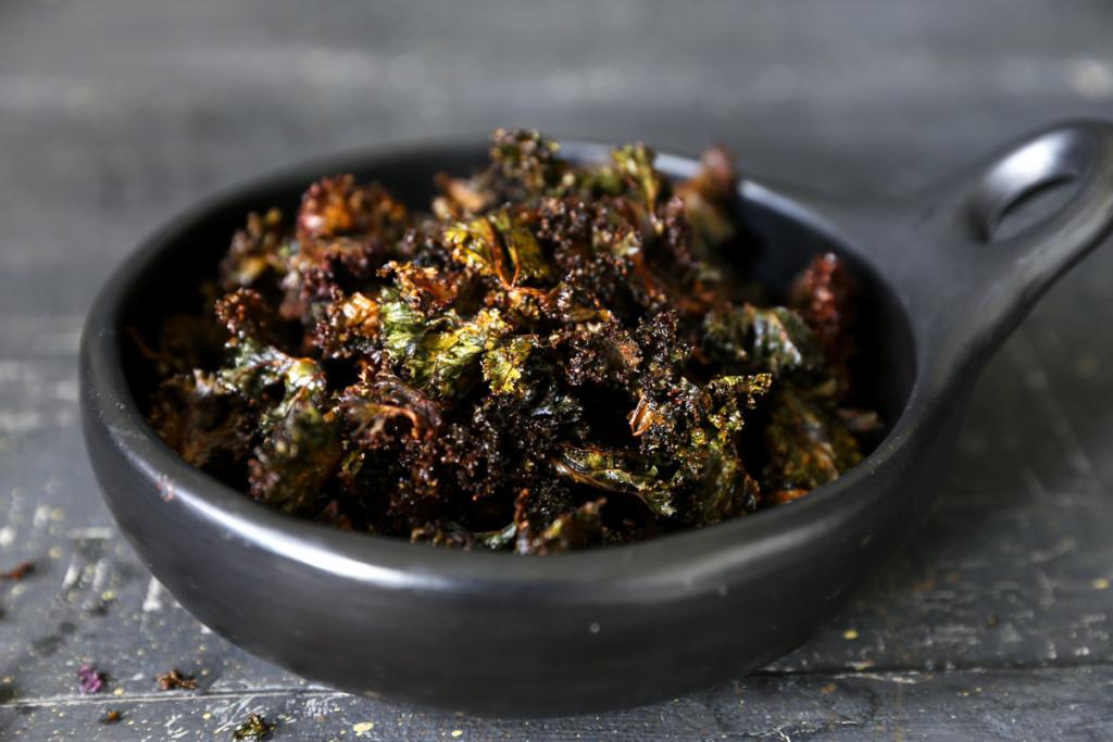 """Purple Kale Chips aka """"Dragon Wings"""""""