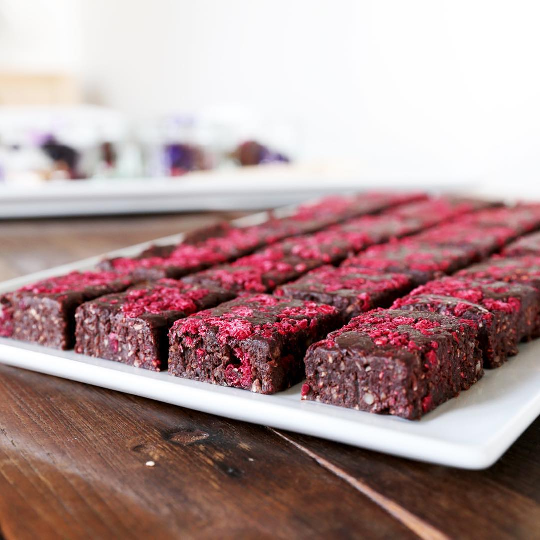 Raw Chocolate & Raspberry Brownies