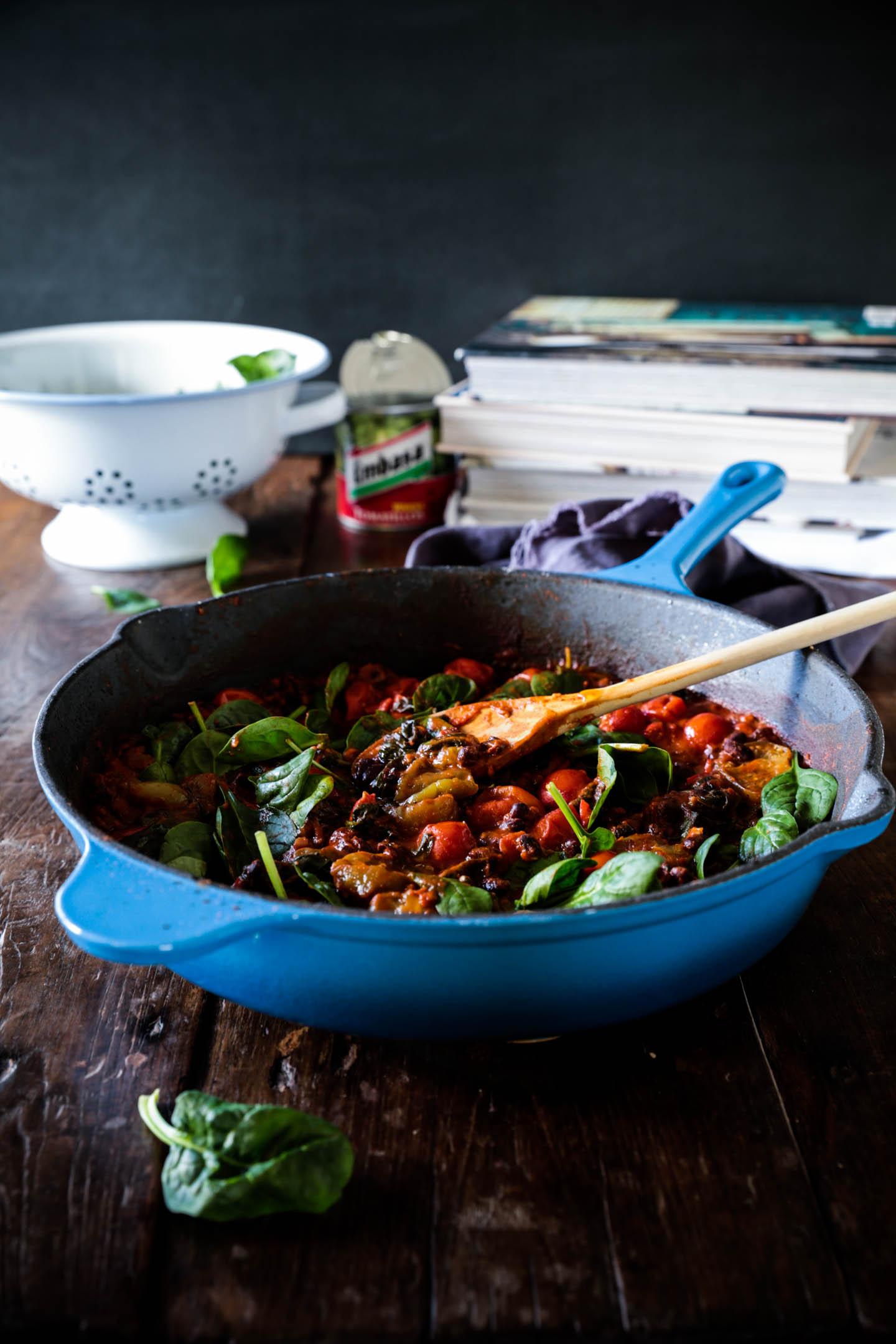 Black beans & tomatillos