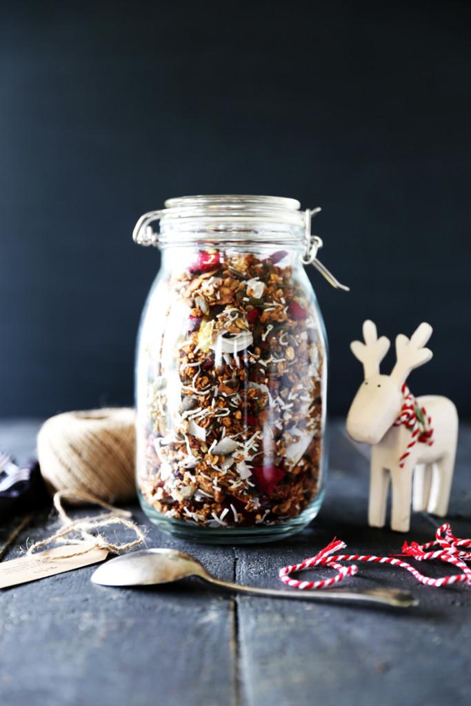 Festive Christmas Granola