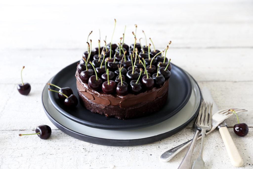 Raw Chocolate Brownie Mousse Cake