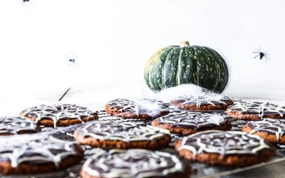 Trick Or Treat Halloween Spider Web Cookies