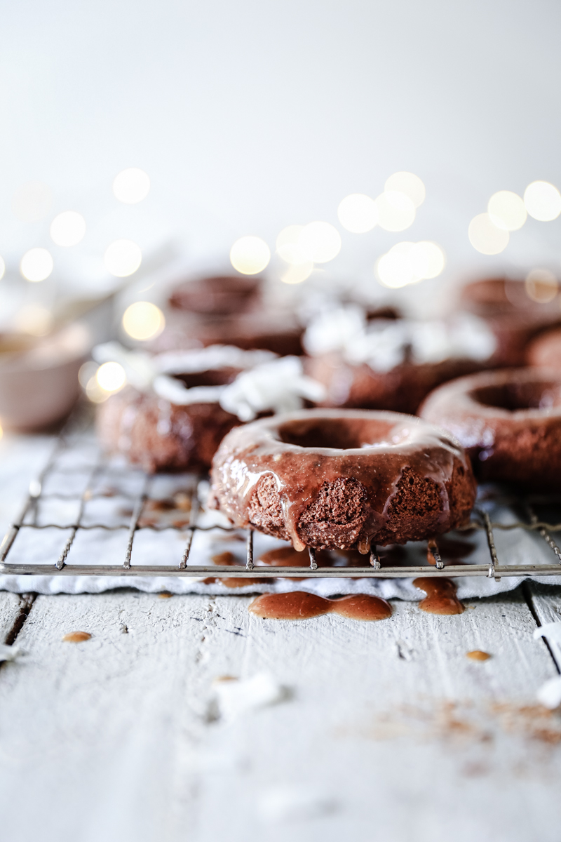 Christmas Spice Swoonuts with Cinnamon & Orange Glaze