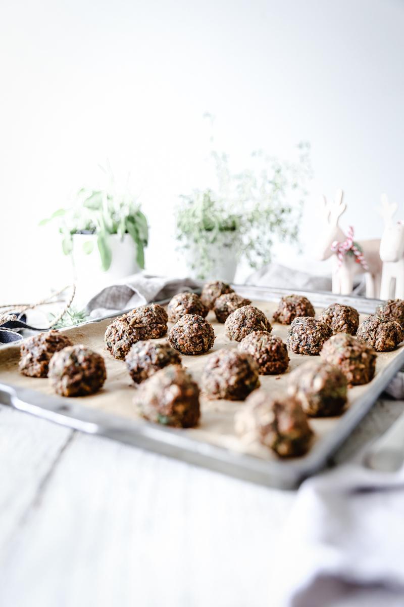 Lentil & herb Christmas Stuffing Balls