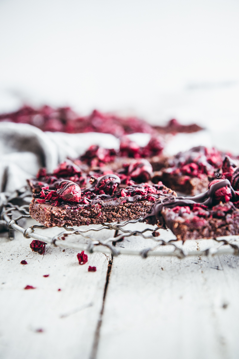 Raw Cacao & Brazil Nut Hemp Slice with Sour Cherries
