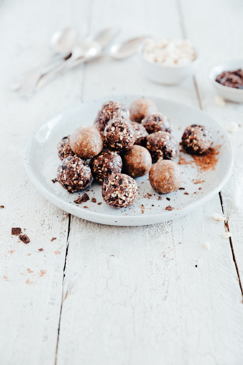 Maple Cinnamon Pecan Balls