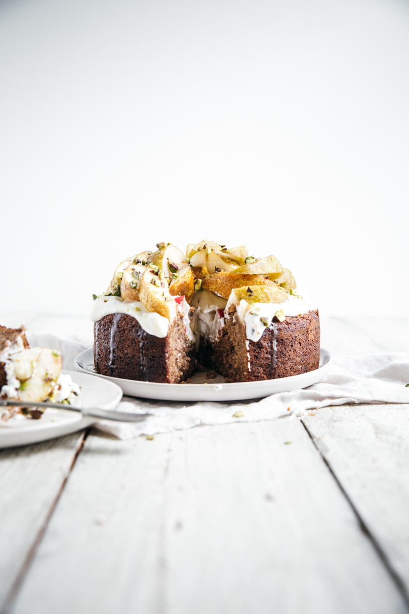 Honey & Cinnamon Spiced Almond Cake