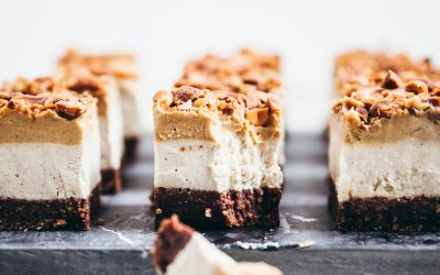 Raw Snickers Ice Cream Slice (Gluten Free & Vegan)